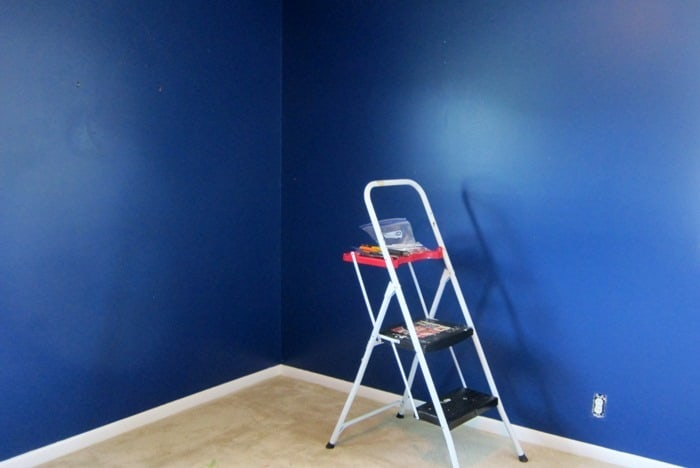 prepping bedrooom to paint