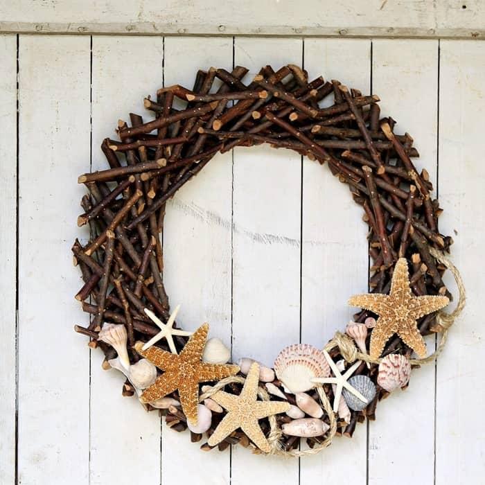 seashell wreath with sisal rope and starfish