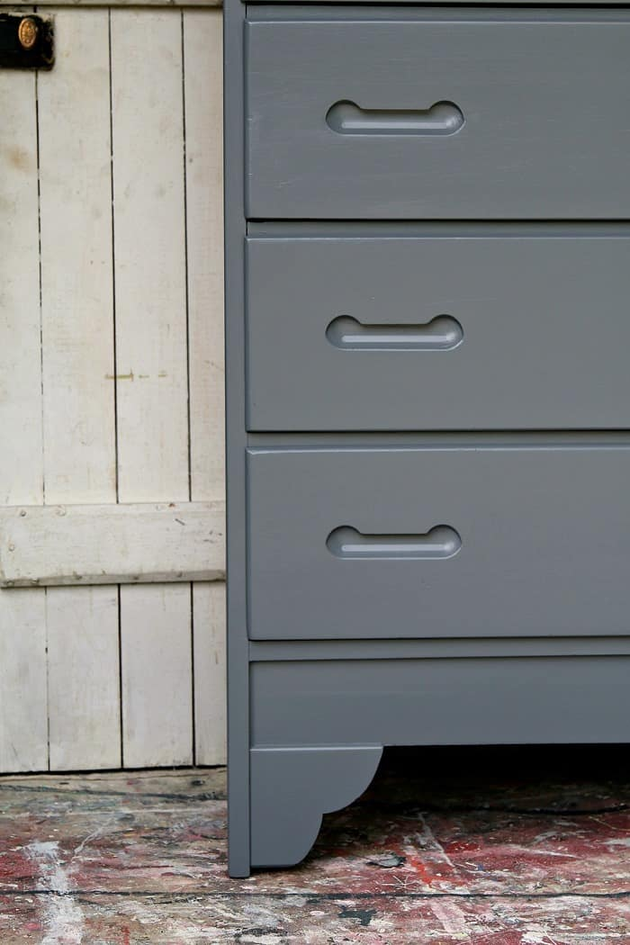 smooth paint finish on furniture with no distressing of the paint