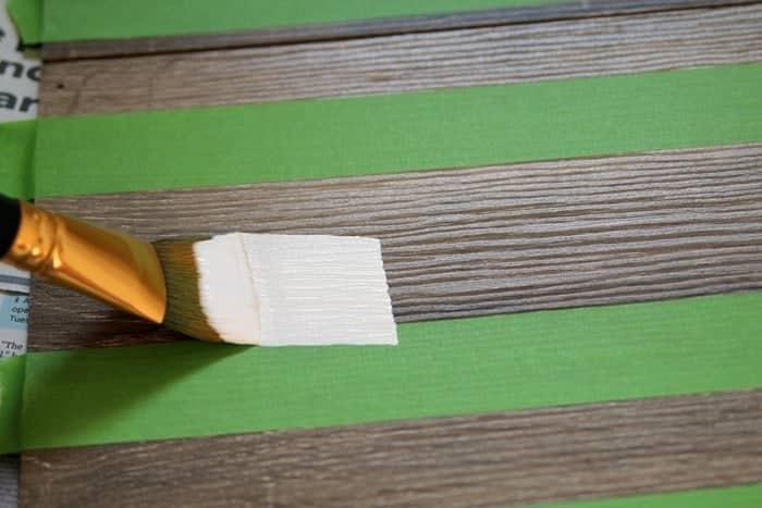painting white stripes