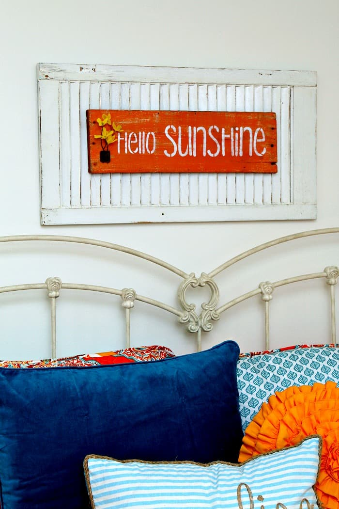 DIY Stenciled Shutter Sign Hello Sunshine
