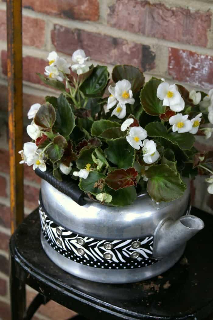 upcycled diy teapot flower pot
