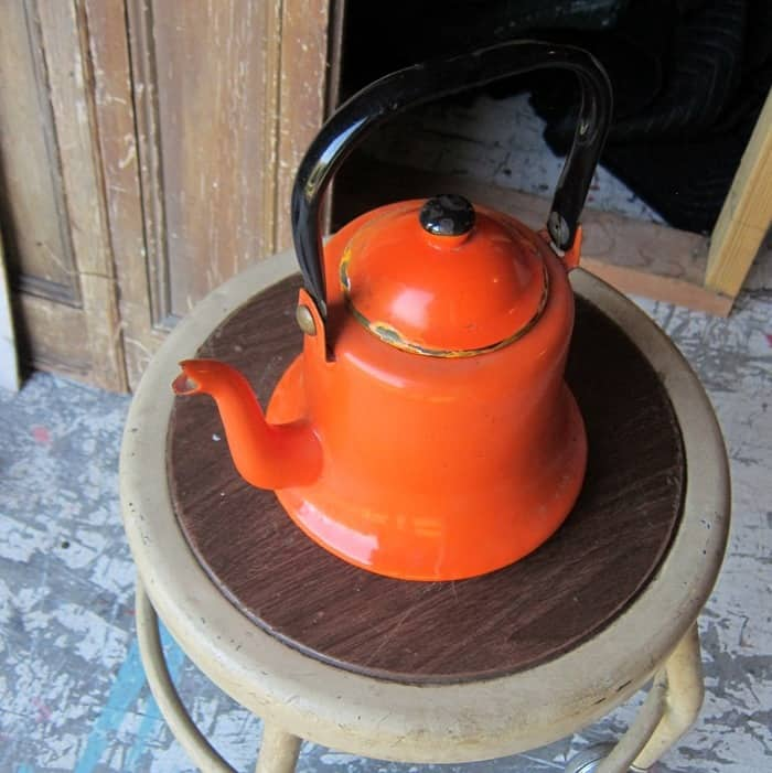 ornage teapot from my fav junk shop