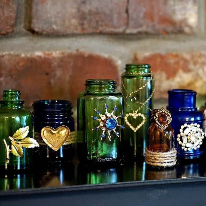 How To Decorate Glass Jars Using Jewelry