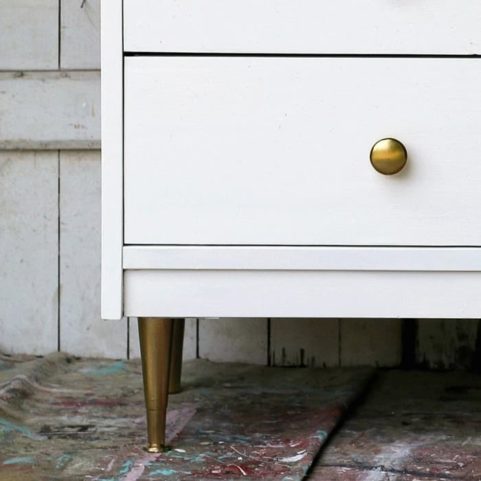 How To Use Metallic Gold Spray Paint On Furniture Makeovers