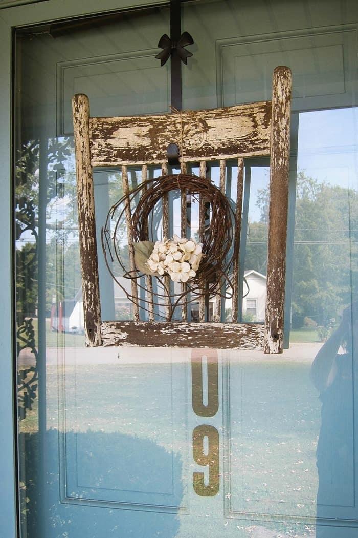 front door wreath display