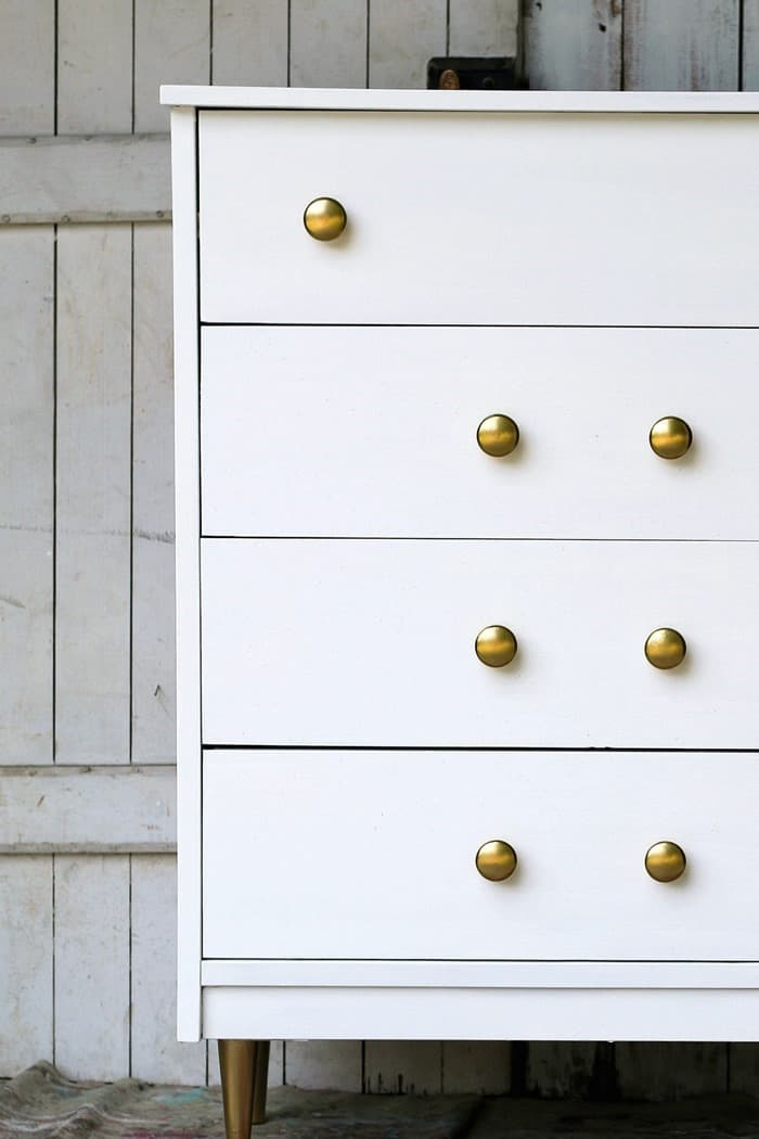 white paint with metallic gold paint is a beautiful paint combination for furniture