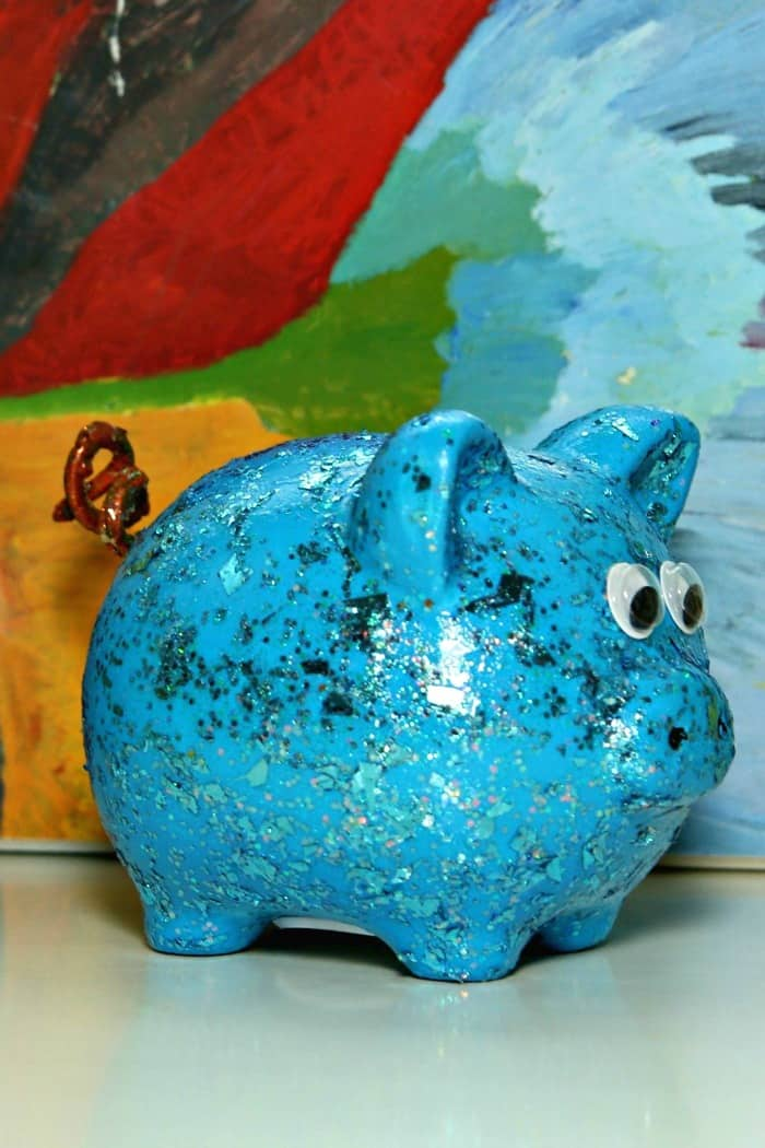 Dollar Store painted piggy bank gift idea