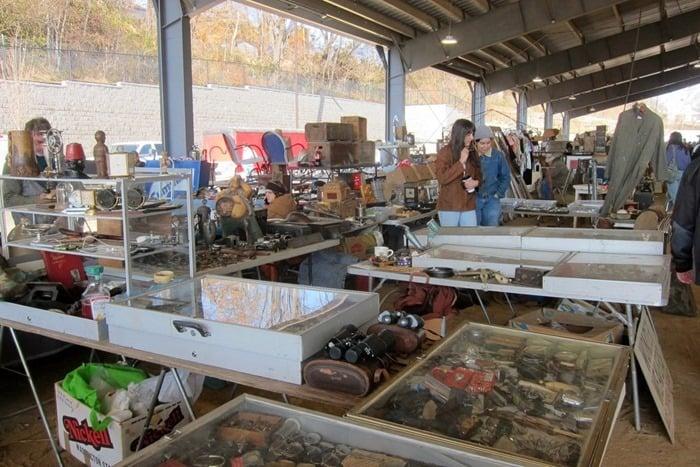 Nashville Flea Market Shopping Trip photos from Petticoat Junktion 21