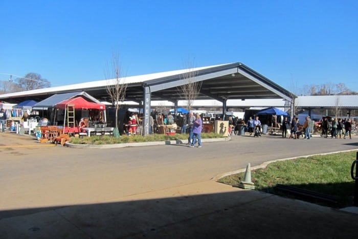 Nashville Flea Market Shopping Trip photos from Petticoat Junktion 24