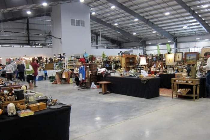 Nashville Flea Market Shopping Trip photos from Petticoat Junktion 7