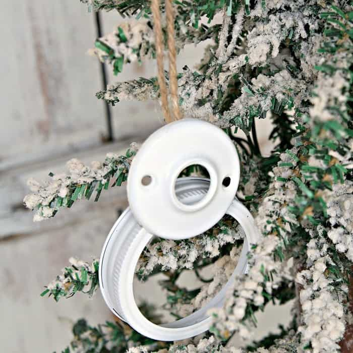 ball jar lid snowman Christmas ornament diy