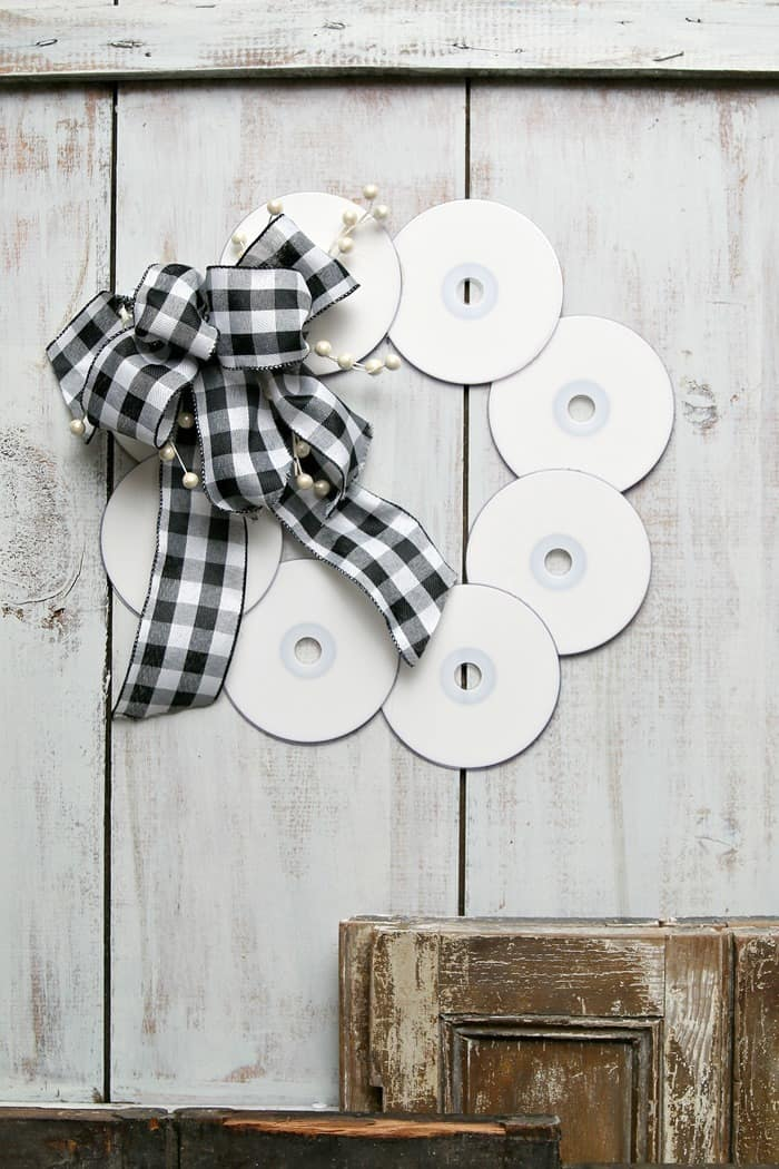 black and white buffalo check bow and CD Wreath project idea