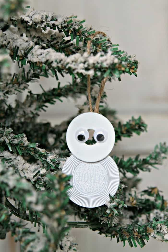 diy snowman made from poker chips