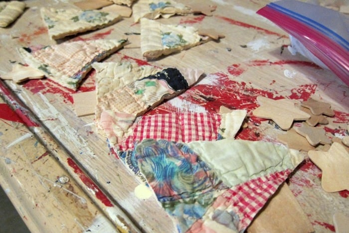 quilt shape Christmas trees to make a garland