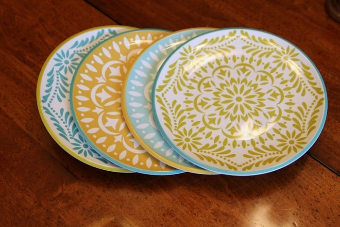 thrift store plates to make a cookie stand or tiered platter