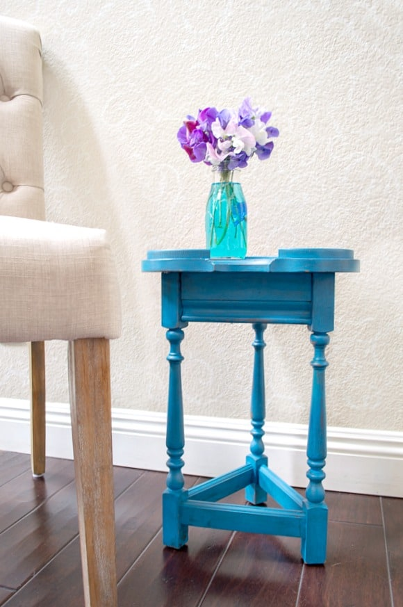 Accent Table Makeover by My Uncommon Slice of Suburbia