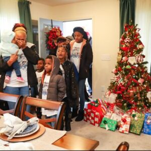 Homes for the Holidays Warrick Dunn Charities