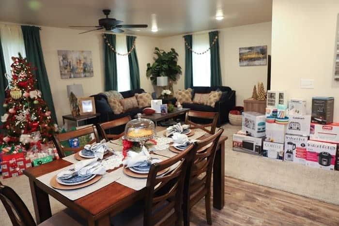 Homes for the Holidays Nashville 2019 Warrick Dunn Charities