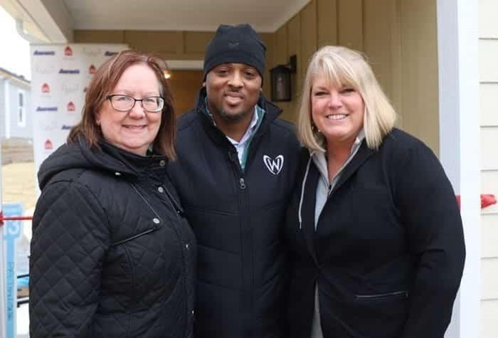 Kathy, Warrick Dunn, Lisa
