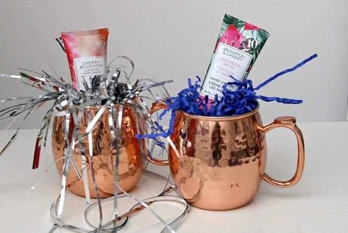 quick last minute DIY gift mug idea for procrastinators