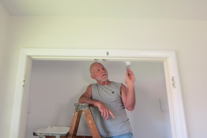 painting a bedroom closet