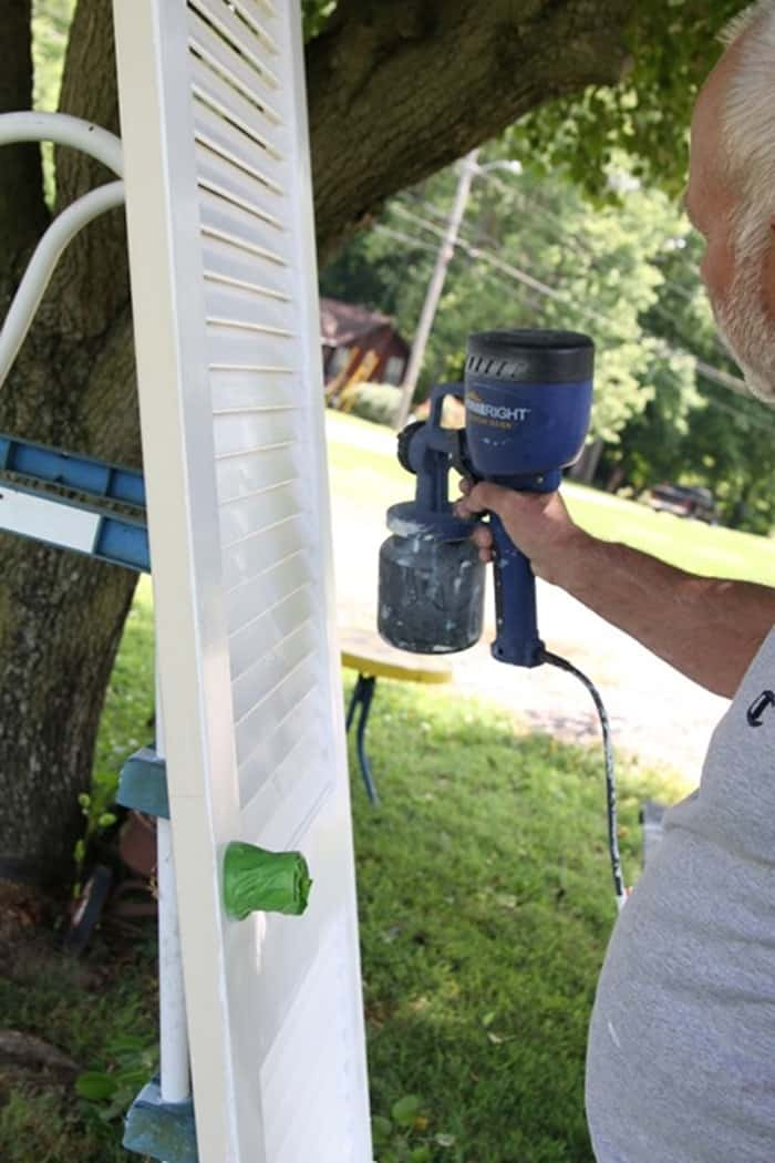 painting louvered doors with a paint sprayer
