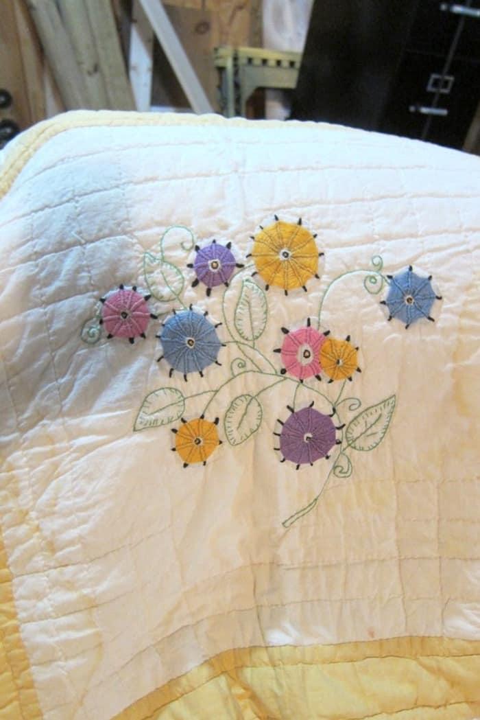 floral pattern vintage handmade quilt