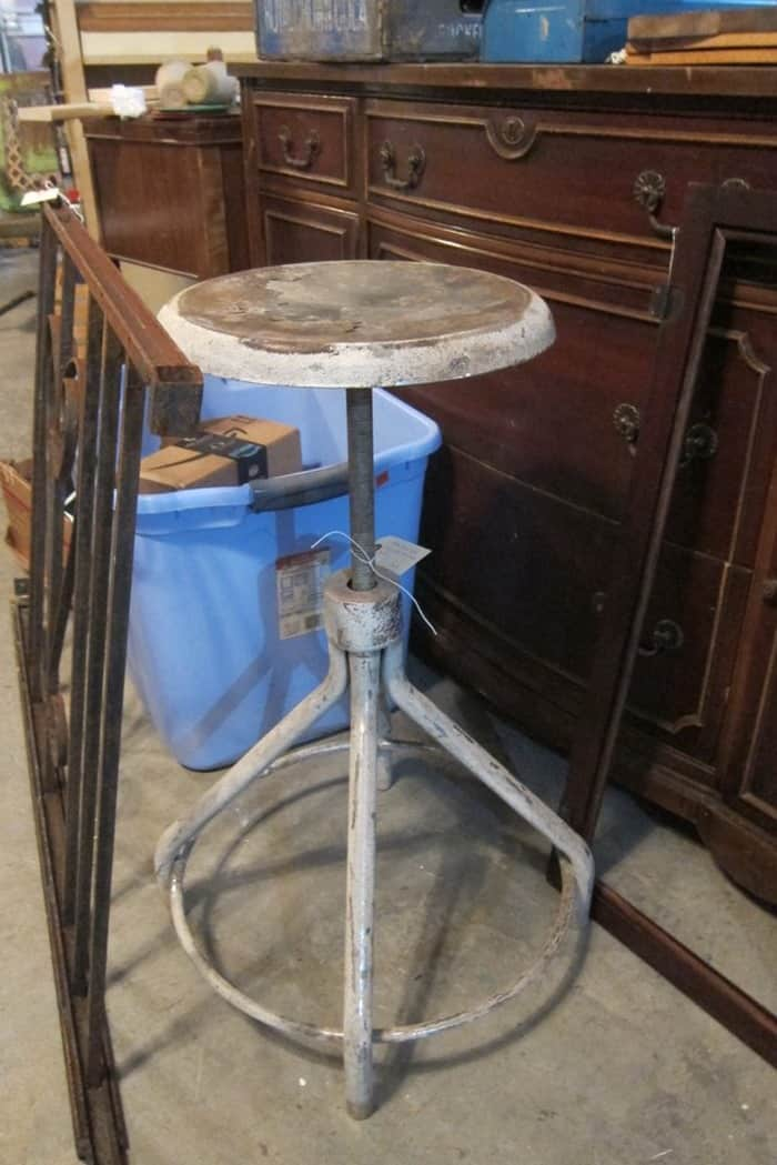 metal adjustable counter stool