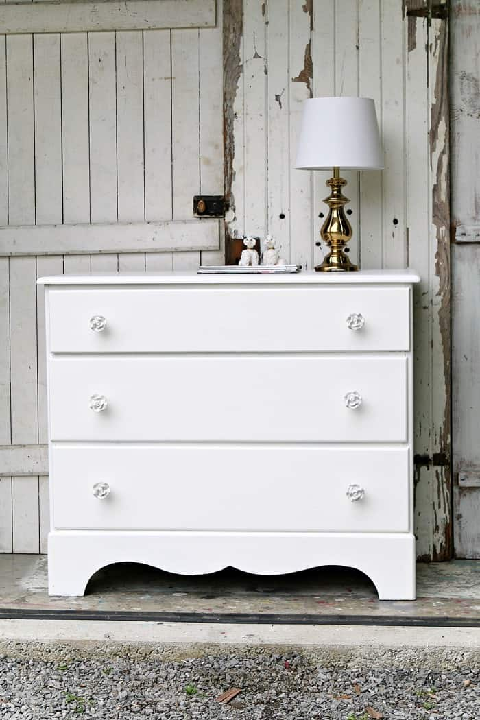 painted white dresser is simple and sophisticated