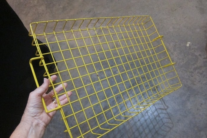 yellow vinyl covered wire rack