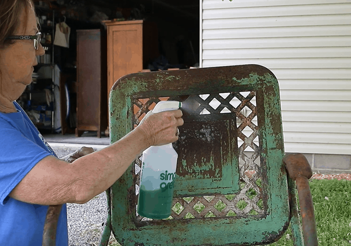 cleaning rusty outdoor furniture