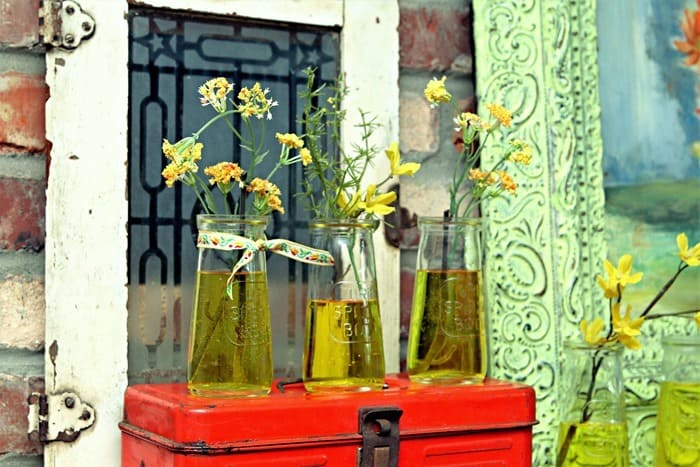 This Unique Urine Specimen Bottle Display Will Leave You Speechless (2)