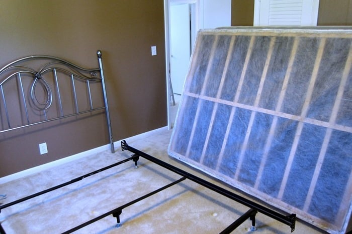 how to change out headboards and footboards