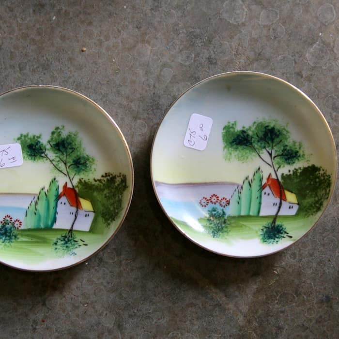 decorative plates Made in Japan