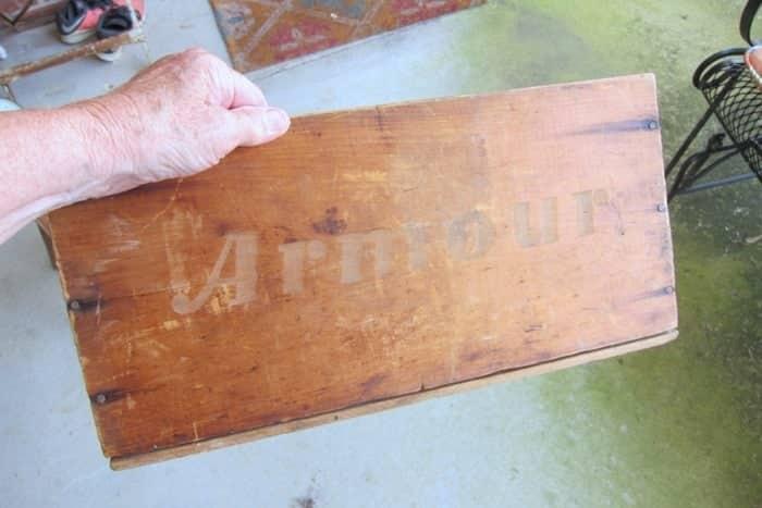 Armour wood box