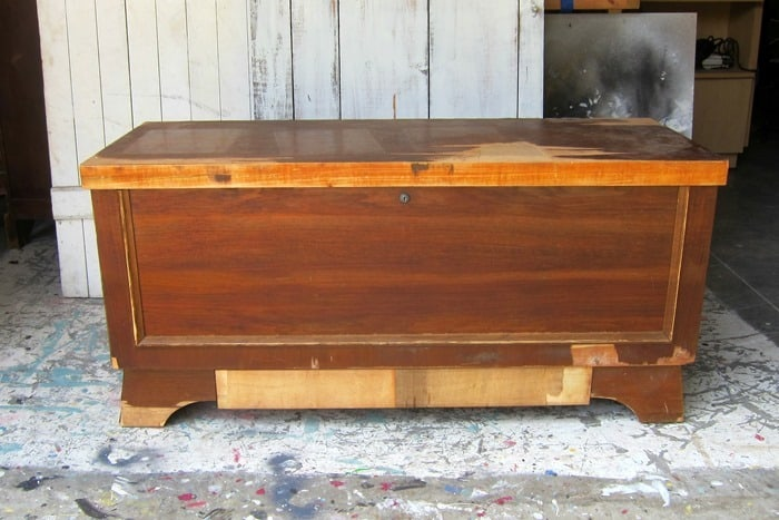 Lane cedar chest with missing veneer needs a paint makeover