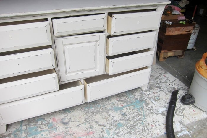 bedroom furniture painted off-white and distressed