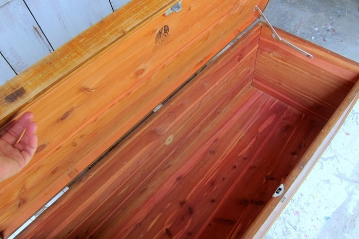 cedar lined Lane cedar chest