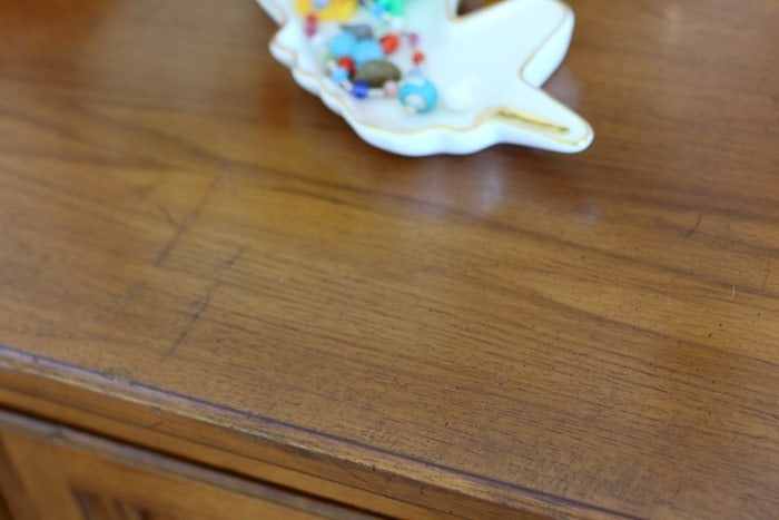 how to cover scratches on furniture