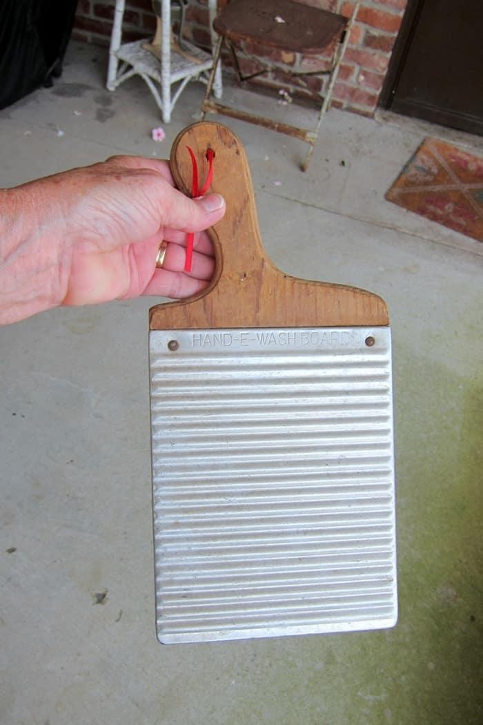 vintage Hand-e-washboard