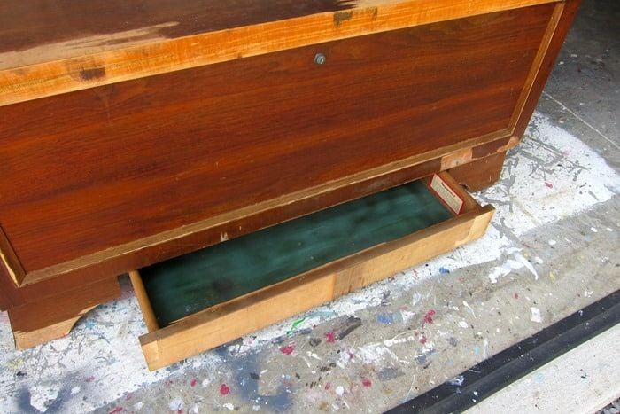 vintage Lane cedar chest with drawer