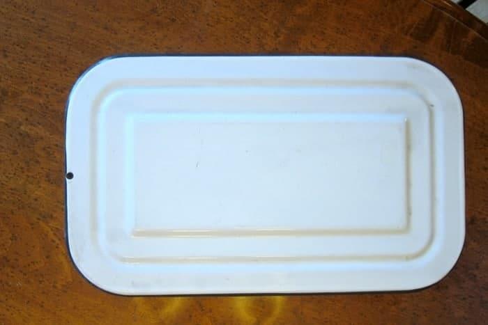 vintage white porcelain lid