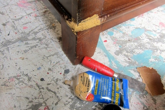 wood putty for filling in holes in furniture