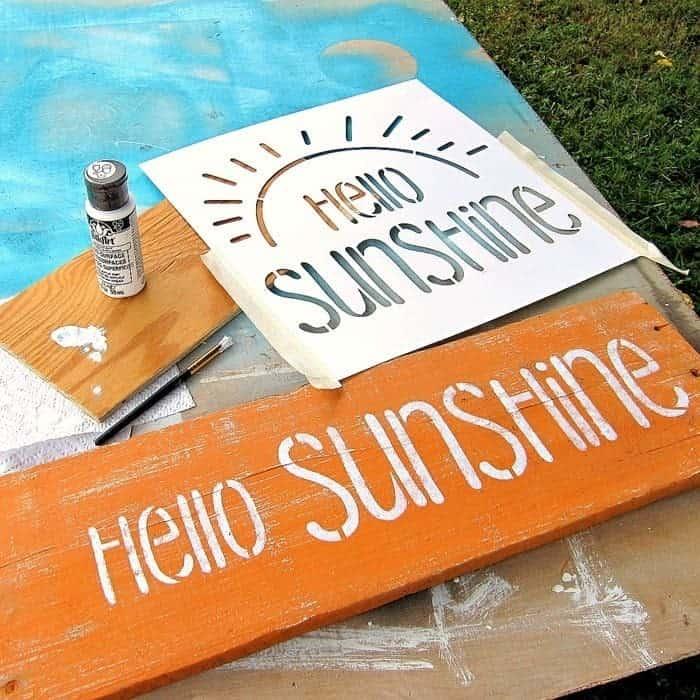 DIY-Shutter-Sign-Idea-Hello-Sunshine-_thumb