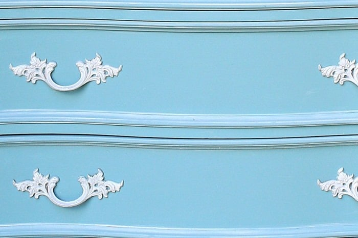 How To Whitewash and paint French Provincial Furniture