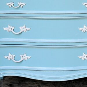 how to whitewash French Provincial Furniture