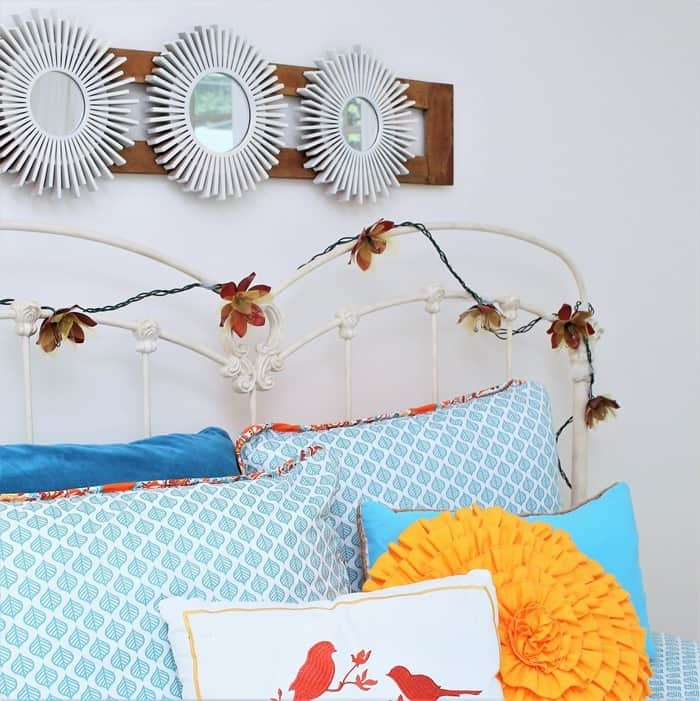 diy wall decor for a small guest bedroom (2)