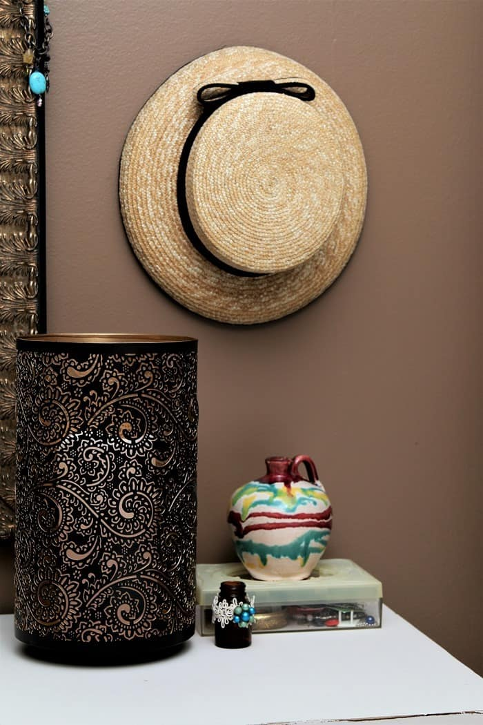paint interior walls brown to add warmth to rooms