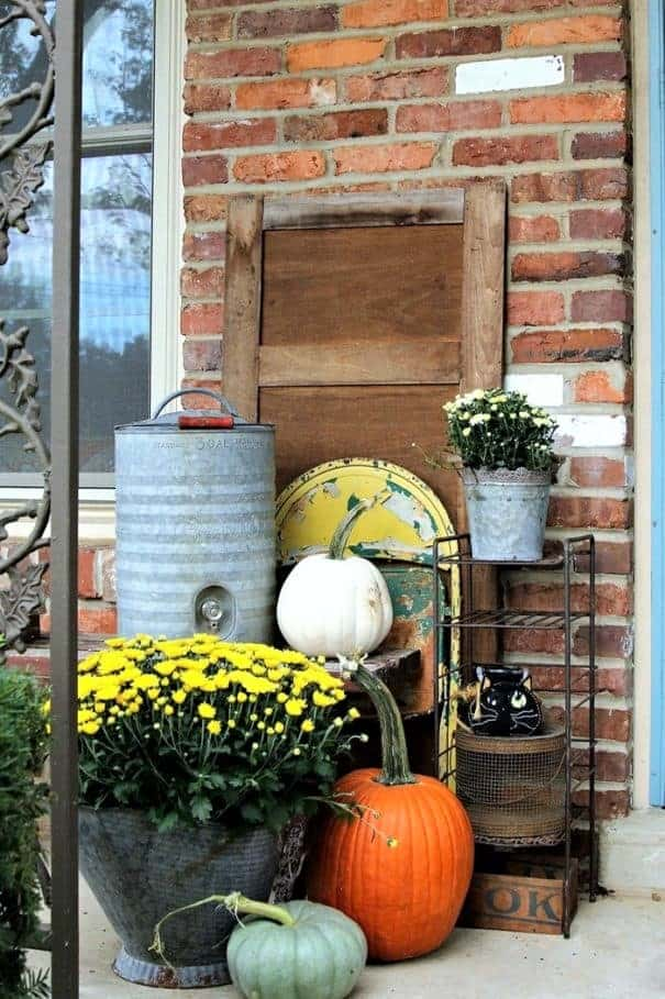 100 thrifty ways to decorate your home for Fall